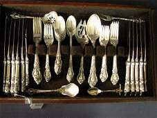 6555: 56 PC LUNT ELOQUENCE STERLING FLATWARE