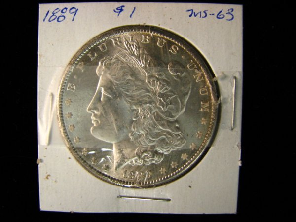 6860: 1889 U.S. MORGAN SILVER DOLLAR