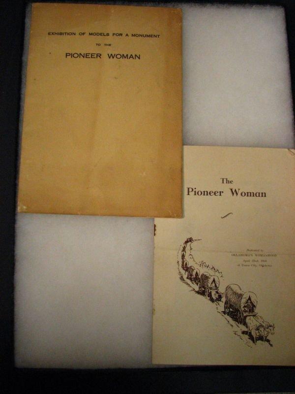 8015:OKLAHOMA  EXHIBITION BOOK PIONEER WOMAN MODELS