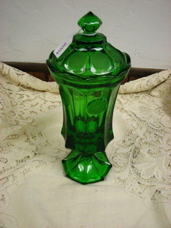 8004: FOSTORIA GREEN COIN GLASS COVERED URN