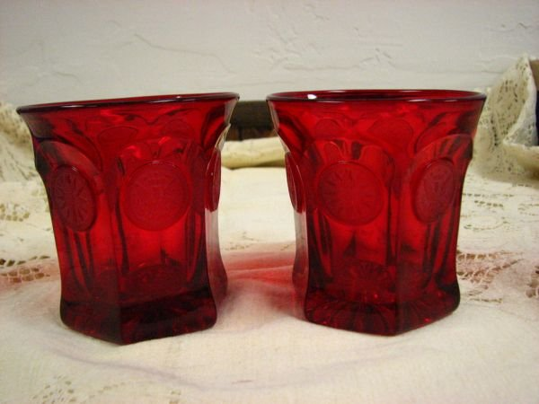 8013: FOSTORIA  COIN GLASS RED TUMBLERS PAIR