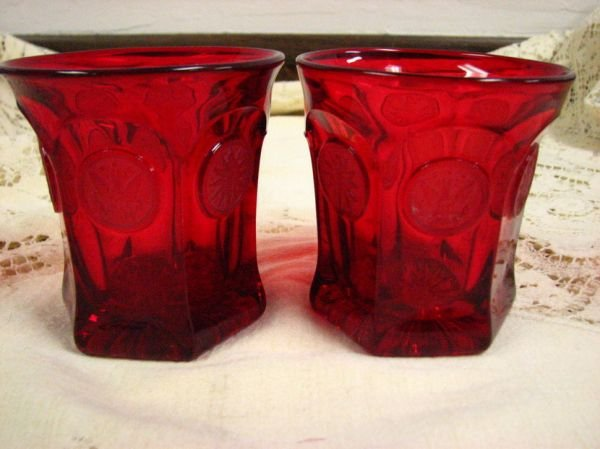 8013: FOSTORIA  COIN GLASS RED TUMBLERS PAIR - 3