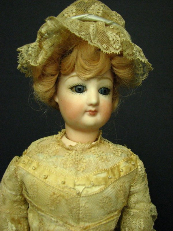 410: FRENCH FASHION DOLL REPRODUCTION