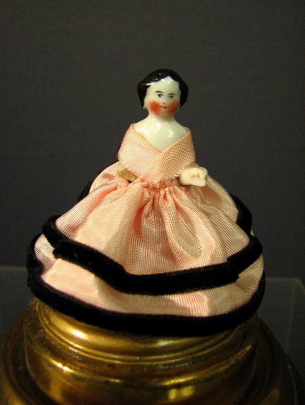 416: FROZEN CHARLOTTE DOLL IN GLASS DOME