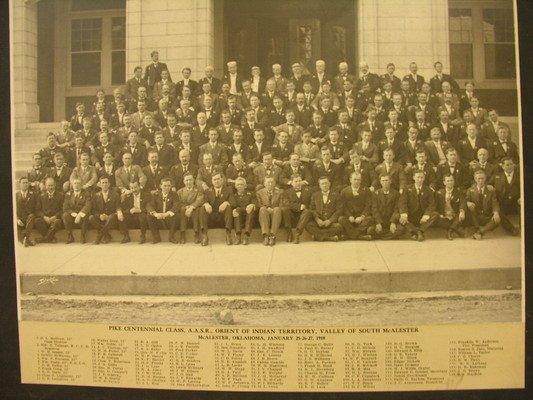 387: MASONIC PHOTOGRAPH 1910 PIKE CENTENNIAL CLASS A.A.
