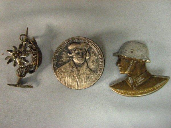 1005: WWII GERMAN PIN LOT