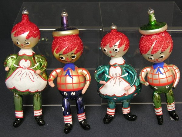 1152: 4 HAND BLOWN FROM ITALY CHRISTMAS TREE ORNAMENTS
