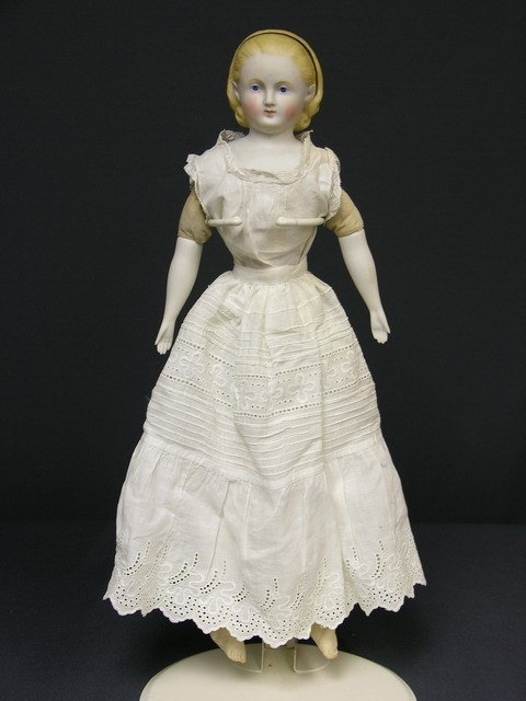 948: 17 1/2 inch PARIAN DOLL ALICE