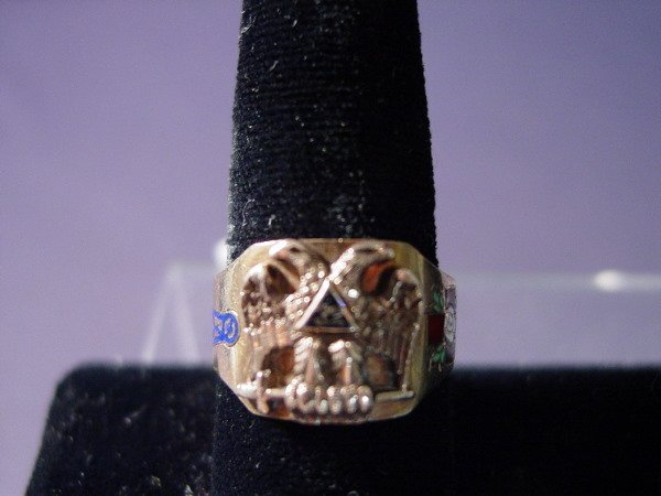 428: 10k 32nd DEGREE MASONIC RING