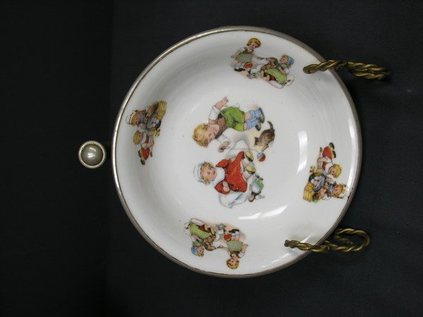 441: CHILDS WARMING BOWL PLATE . Germany