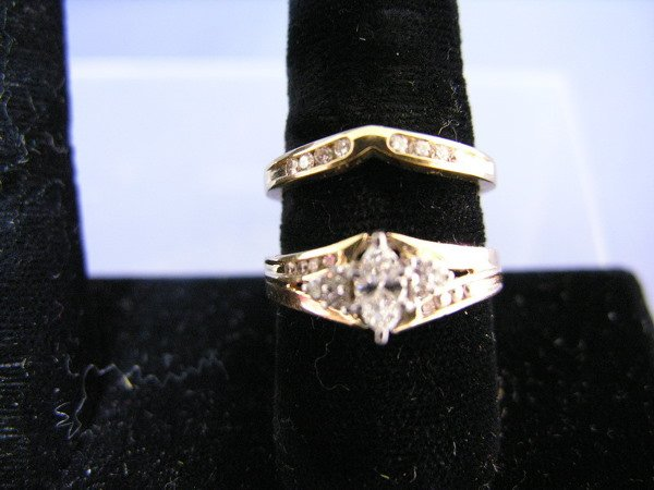 628: DIAMONDS AND GOLD WEDDING SET