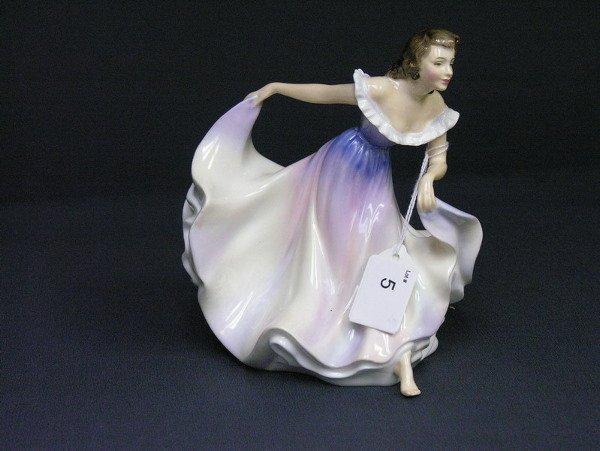 5: ROYAL DOULTON A GYPSY DANCE FIGURINE