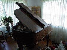 679: HEINTZMAN & CO Grand PIANO  CANADA