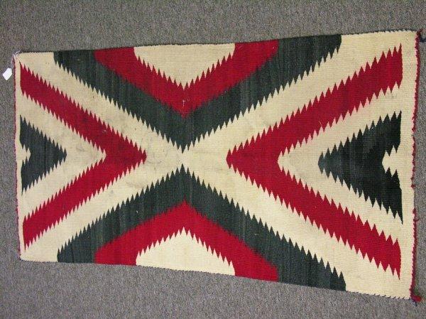590: NAVAJO RUG SERRATED DIAMOND RED BLACK WHITE