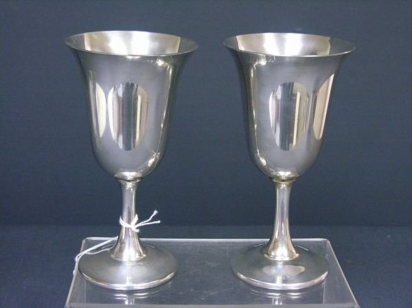 596: PAIR WALLACE STERLING GOBLETS