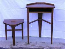 701: TIGER OAK MISSION ARTS AND CRAFTS DESK AND STOOL