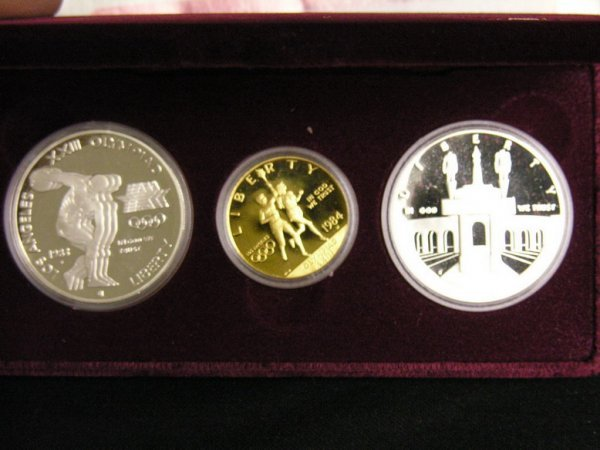 1021: U.S. SILVER AND GOLD OLYMPIC PROOF SET