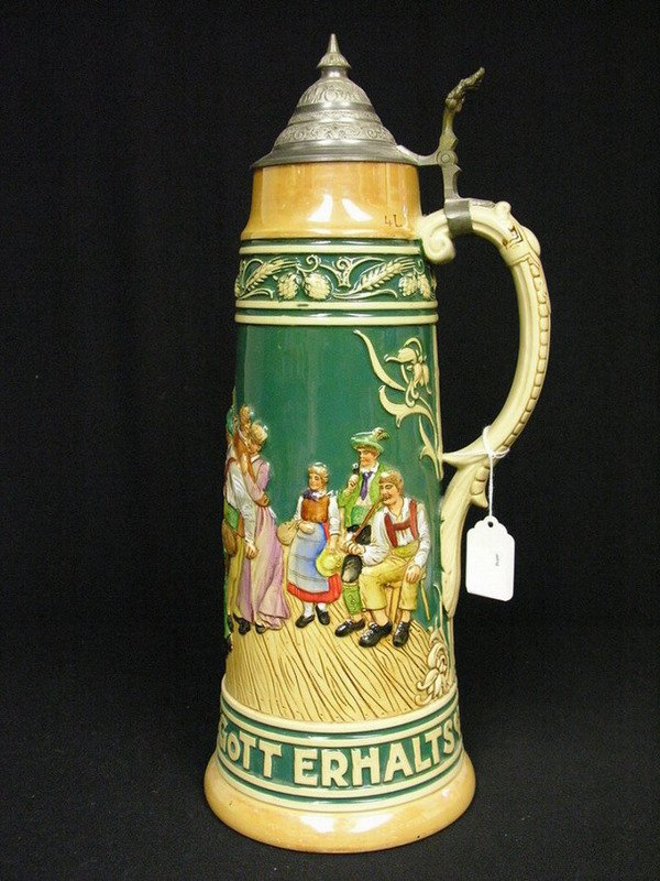 17: 4 LITER GERMAN BEER STEIN