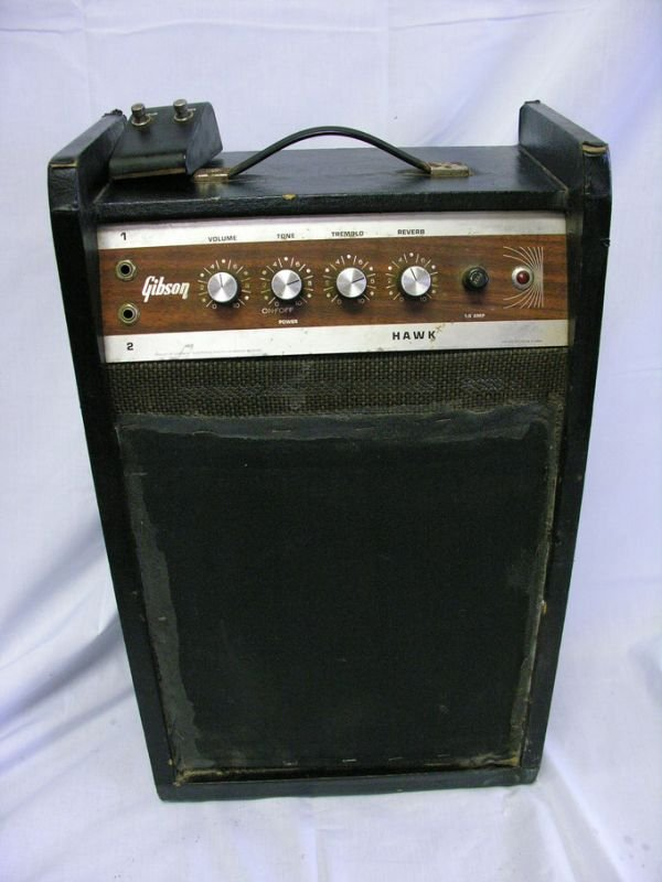 2A: VINTAGE GIBSON HAWK AMPLIFIER