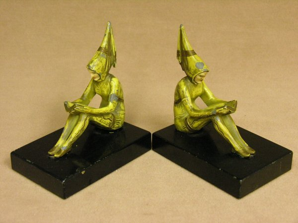 507: PAIR DECO FIGURAL BOOKENDS