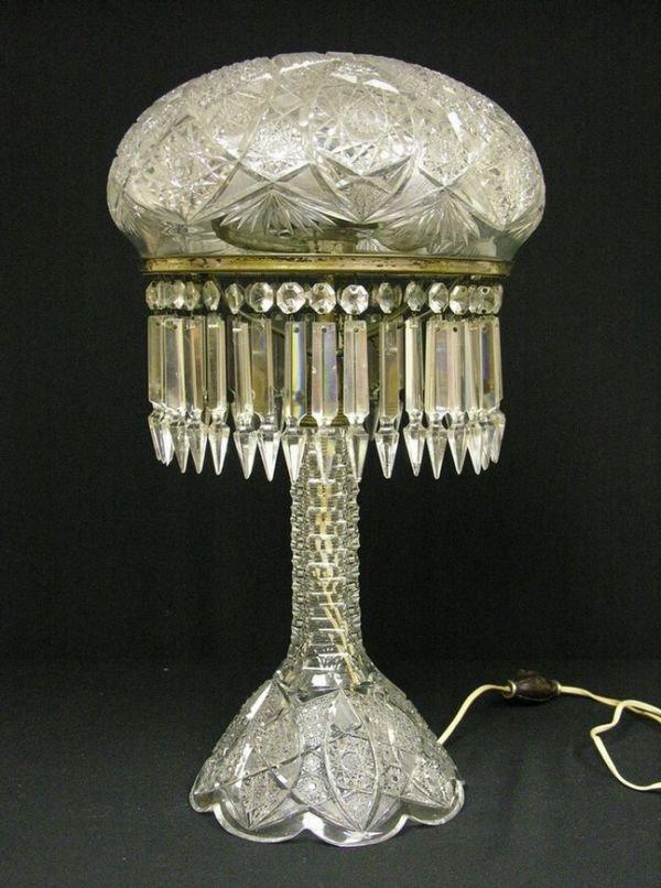 511A: VINTAGE ABP CUT GLASS MUSHROOM LAMP