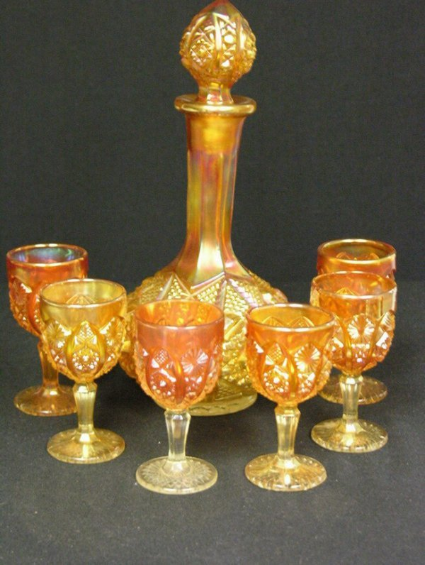 1004: 7 PC CARNIVAL GLASS DECANTER SET MARIGOLD