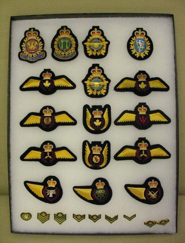 9: CANADIAN DEFENSE FORCES CLOTH BADGES