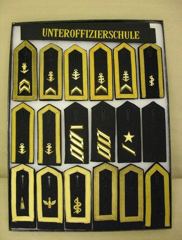 10: GERMAN NAVY NCO BUNDESMARINE SHOULDER BOARDS
