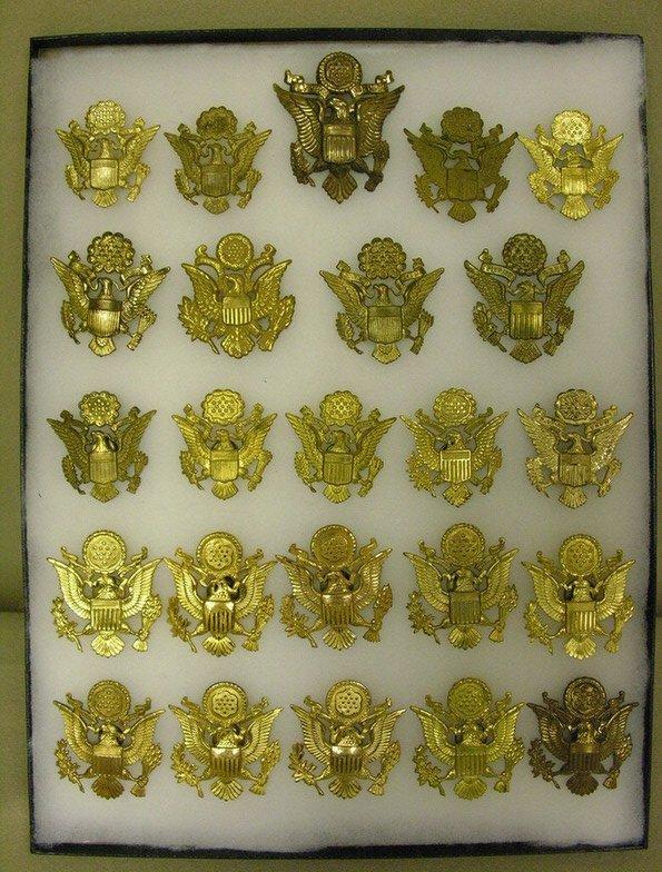 29: U.S. MILITARY HAT BRASS