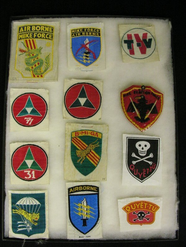 543: VIETNAM ARVN SHOULDER INSIGNIA PATCHES