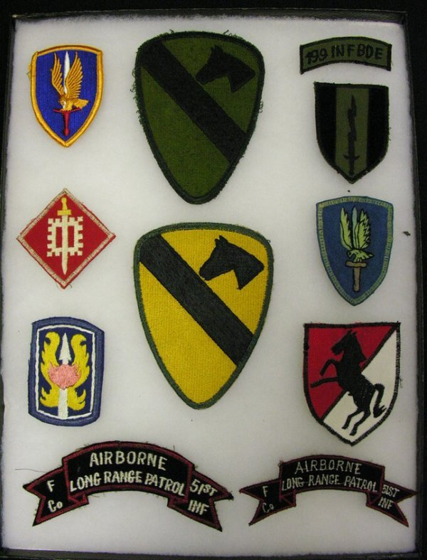 569: US MILITARY ARMY INSIGNIA PATCHES VIETNAM ERA