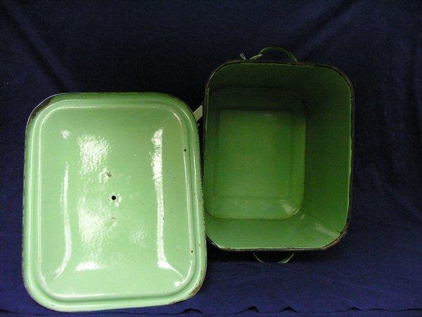 189: VINTAGE GREEN PORCELAIN BREAD BOX - 8