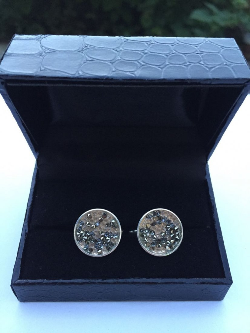 Hand made cufflinks with Swarovski elements