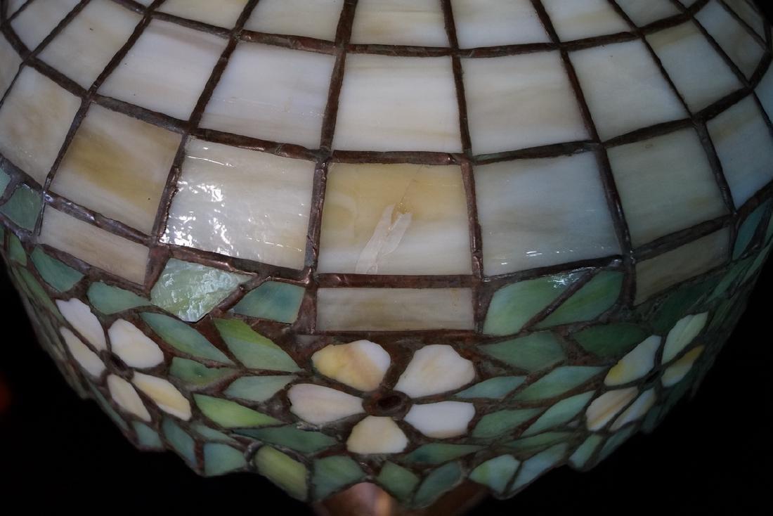 HANDEL LAMP (?) W/ TEE PEE SHADE BASE UNSIGNED - 5