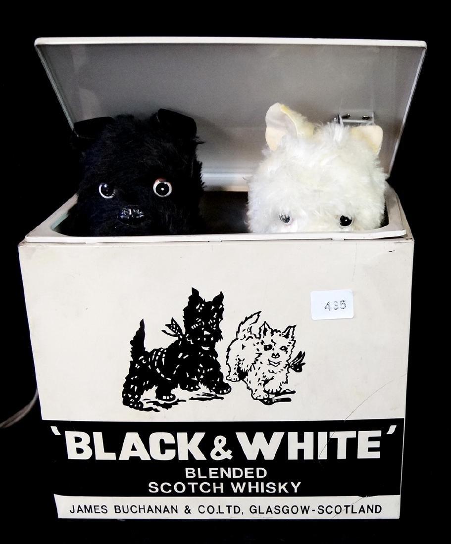 BLACK & WHITE BLENDED SCOTCH WHISKY ADVERTISMENT, 7X8