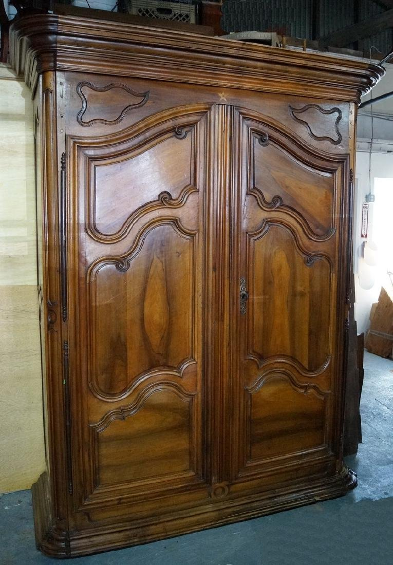 18TH / 19TH C. FRENCH ARMOIRE