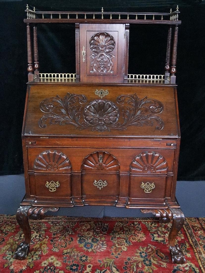 CHIPPENDALE STYLE MAHOGANY SLANT FRONT DESK W/ SUPER