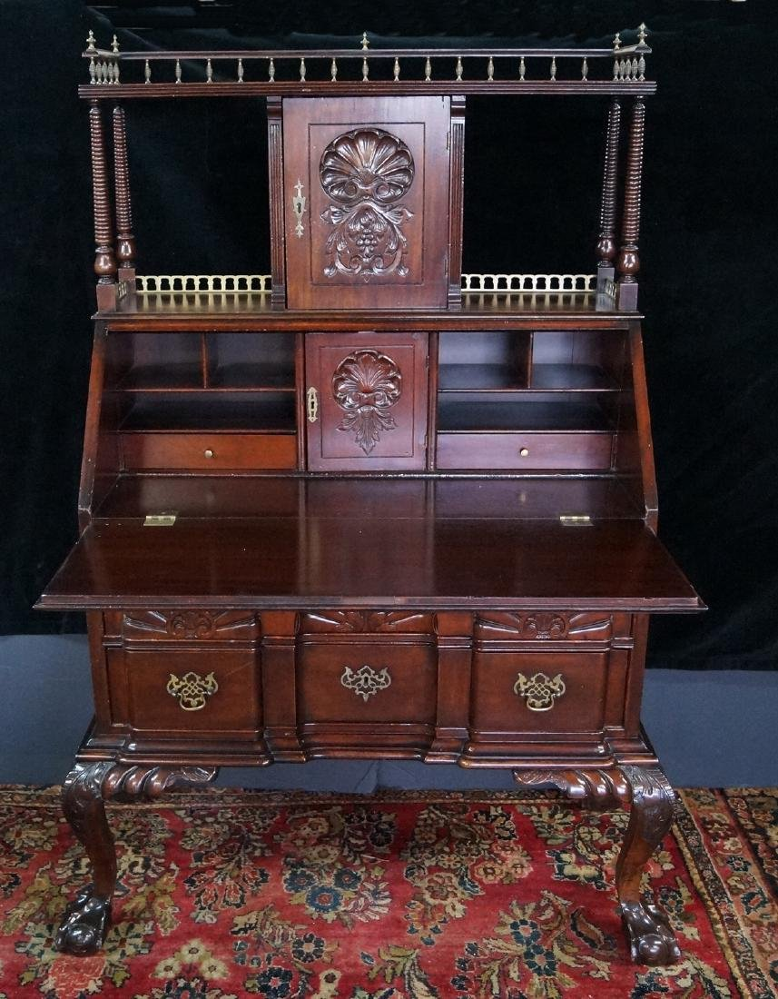 CHIPPENDALE STYLE MAHOGANY SLANT FRONT DESK W/ SUPER - 4