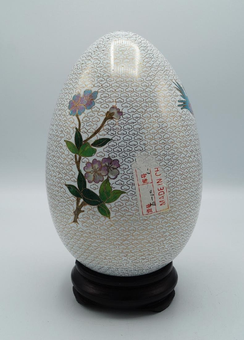 WHITE CLOISONNE EGG ON TEAK STAND - 3