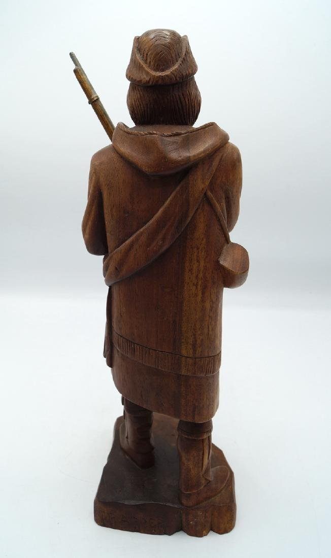 CARVED FIGURE: FRONTIERSMAN - 3