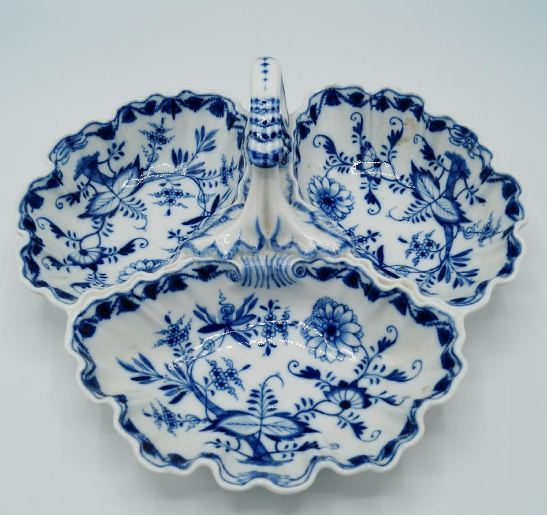 MEISSEN BLUE & WHITE 3 SECTION DISH