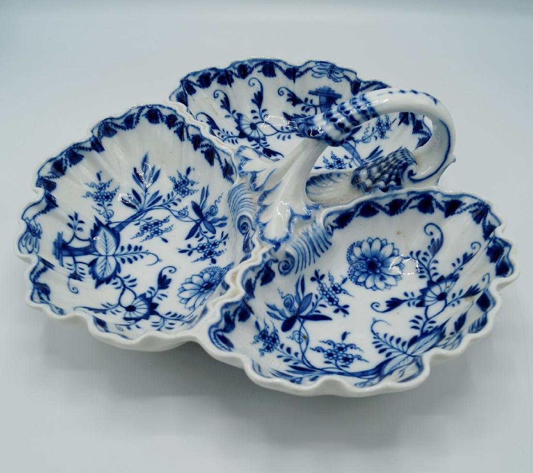 MEISSEN BLUE & WHITE 3 SECTION DISH - 2