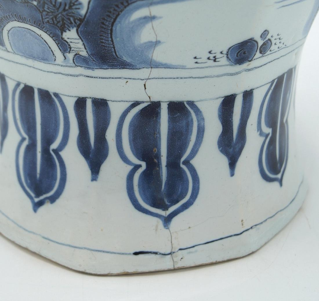 18TH C. DELFT VASE - 4