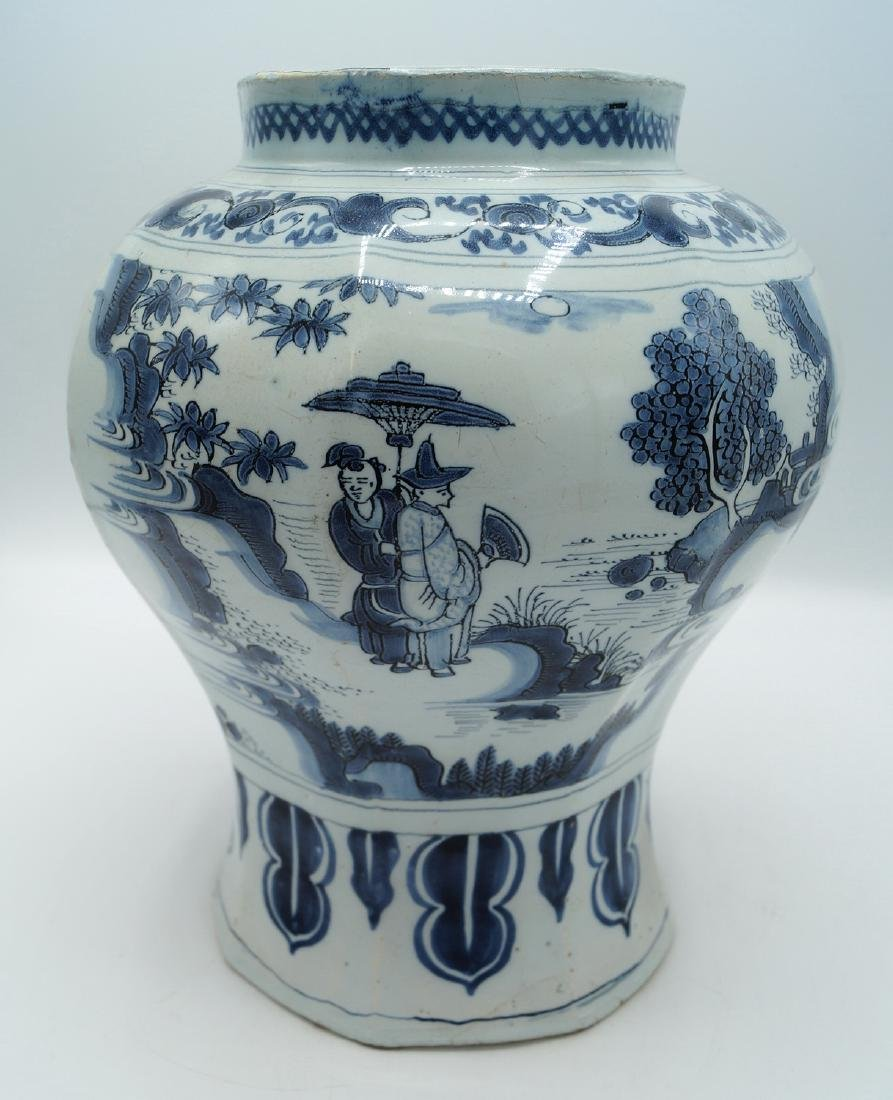 18TH C. DELFT VASE - 5