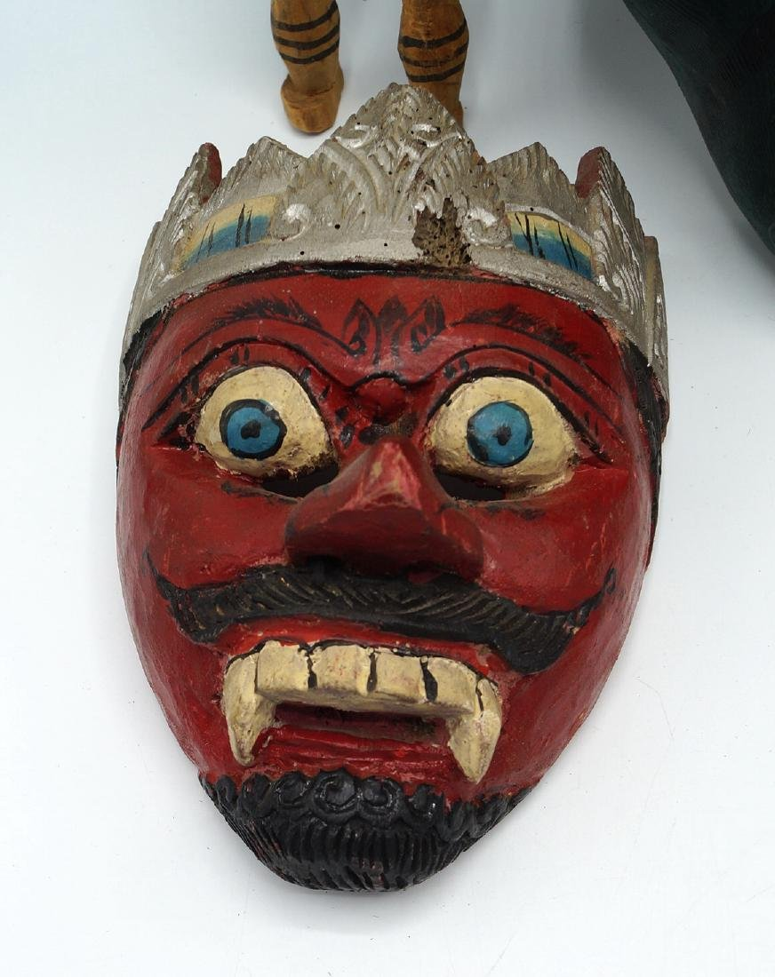 TRAY LOT PAINTED WOOD ITEMS, INC. MASKS - 2