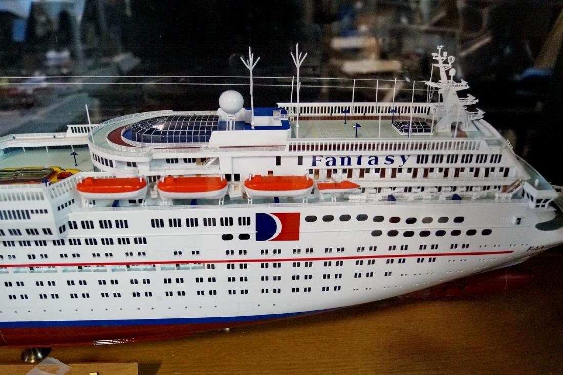 CARNIVAL FANTASY SHIP IN CASE - 2