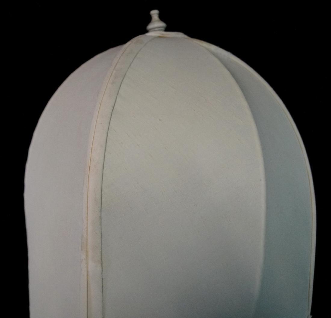 BLANC DE CHINE QUAN YIN LAMP - 8