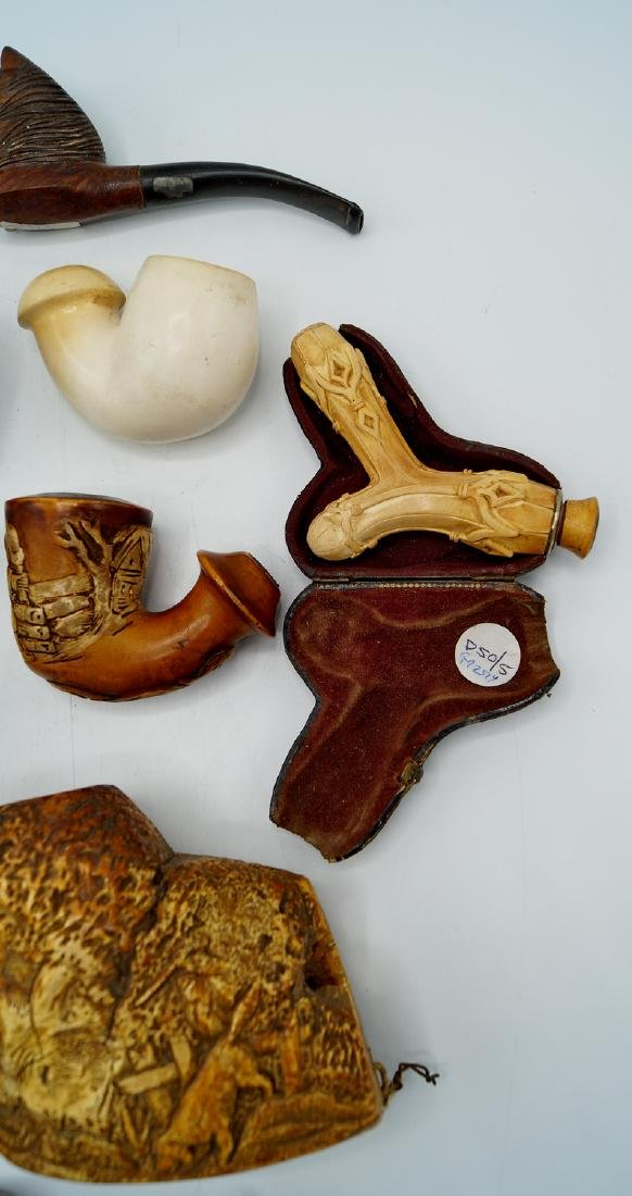 ASSORTED LOT OF MEERSCHAUM PIPES - 6