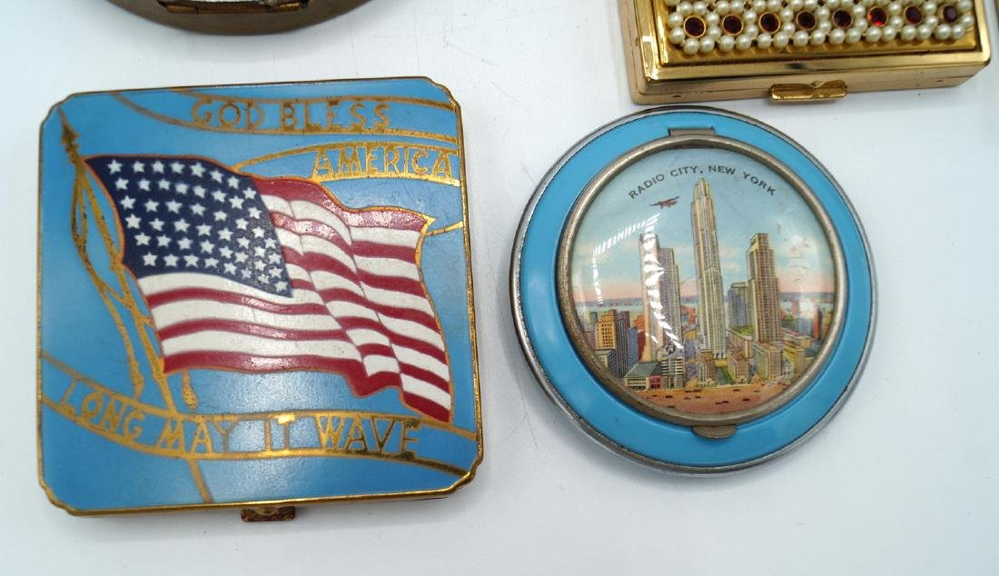 TRAY LOT 13 VINTAGE COMPACTS - 4