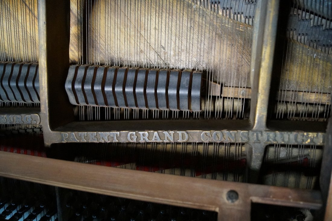 STEINWAY & SONS GRAND PIANO MODEL M - 7